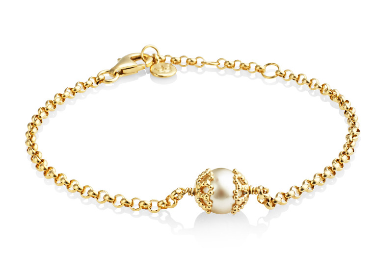 Emma Kate bracelet in yellow gold vermeil with freshwater white pearl.
