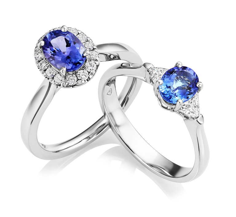 Tanzanite and diamond rings captured with the Phase One IQ280/DF+ and 120mm f4 MF lens. The stones could be retouched further if required.