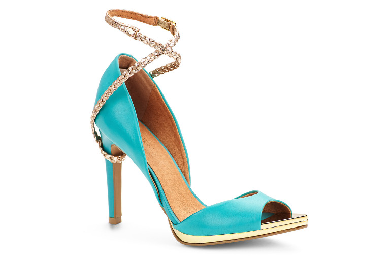 Mojave ladies shoe in blue by Danyelle.